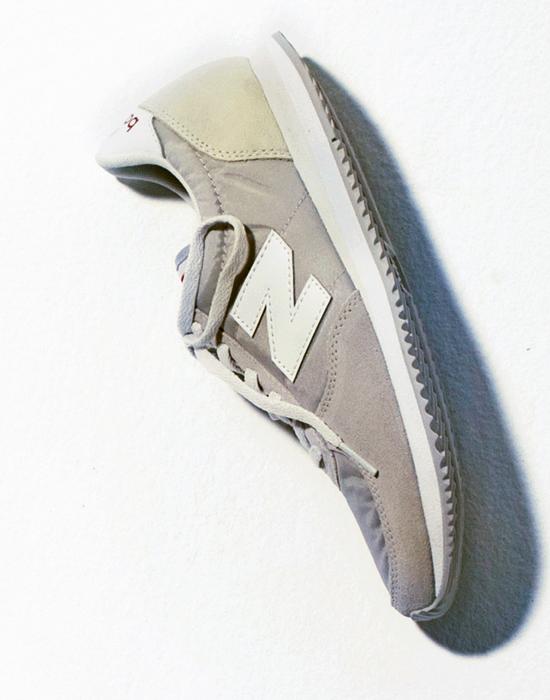 スニーカー 6,900円+税/ニューバランス (ニューバランス ジャパンお客様相談室)